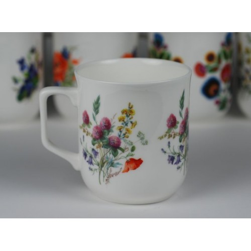 Cmielow mug - decoration wild flowers with clover