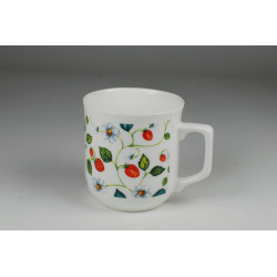 Cmielow mug - decoration Bloomin wild strawberries