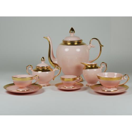 Prometheus porcelain set