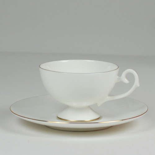 Prometeusz coffee cup with gold