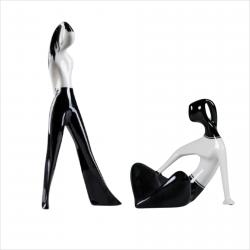 Dziewczyna w spodniach  i Dziewczyna w siedząca (dek. czarna)