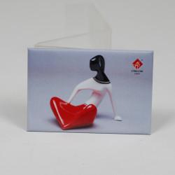 Magnet - Sitting Girl (not porcelain)